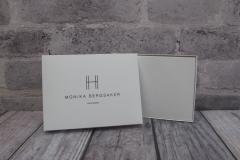 Gaveeske i hvit kartong til gavekort